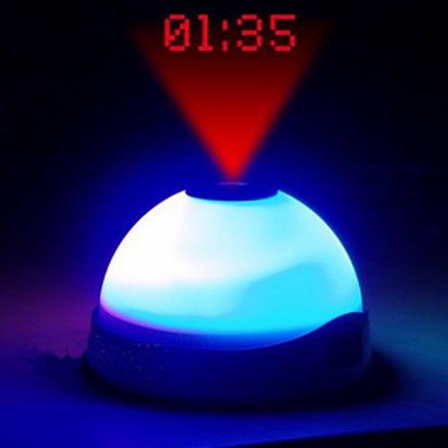 xekios Horloge Réveil avec Lumière Led et Projecteur